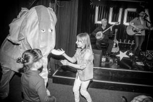 Gute Stimmen auch beim kleine Publikum – wenn der Elefant tanzt